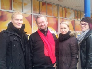 Onnarilla edustamassa Urho Johima, Jari Myllykoski, Sini Myllykoski ja Jenni Rannikko